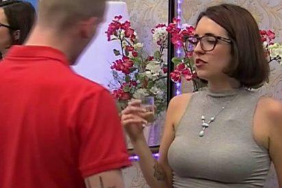 Esta es Irene, la concursante que no tardó ni 5 minutos en liarse con su cita de First Dates