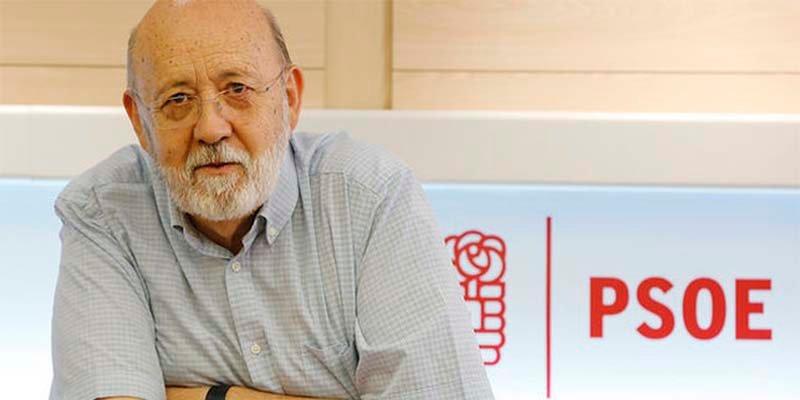 España y los españoles por un lado; Tezanos, Sánchez e Iglesias por otro