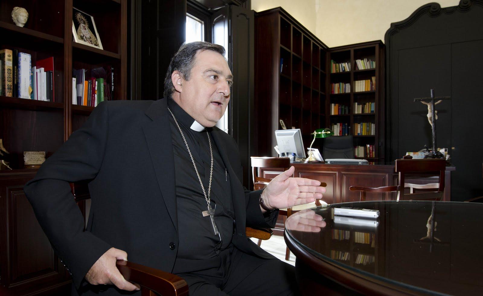"""El obispo de Jerez justifica el voto a Vox en la ruptura con """"lo políticamente correcto"""""""