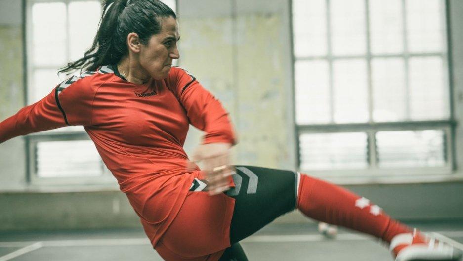 """Escándalo sexual en el fútbol femenino de Afganistán:""""Muéstrame qué tan bella eres, solo las chicas bonitas quedarán en el equipo"""""""