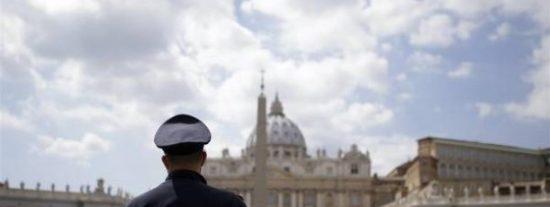 Un grupo de víctimas de abusos del clero presenta una demanda contra el Vaticano
