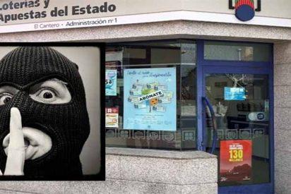 Dos atracadores encapuchados roban la caja en la administración de Loterías de Alpedrete que vendió el Gordo de Navidad