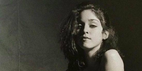 Madonna desnuda y con 19 años, la fotografía que ahora sale a la luz