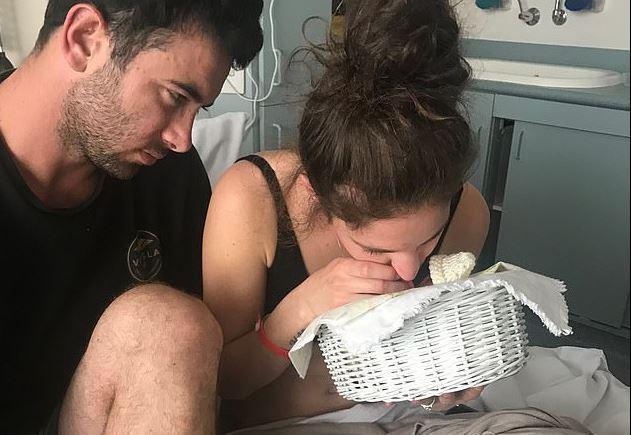 Una madre muestra en redes a su fallecida bebé de 16 semanas