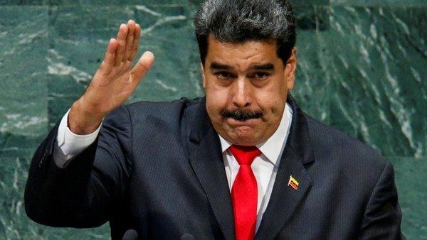 El dictador de izquierdas Maduro anuncia que toda la producción petrolera venezolana se venderá en petros en 2019