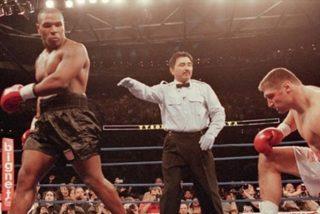 Mike Tyson vuelve a boxear con 54 años