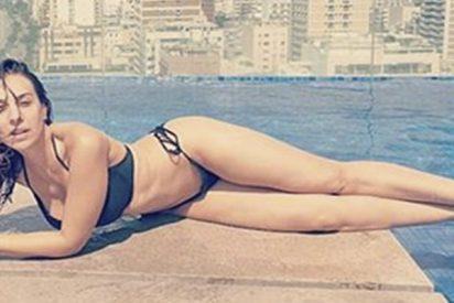Las redes se revolucionan con esta foto de Mónica Naranjo en bikini para su nuevo programa de sexo