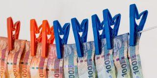 Ibex 35: la Bolsa española sufre el peor mes de toda su historia