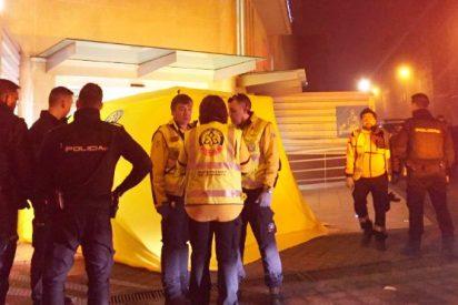 Muere a la puerta del hospital un 'alunicero' tiroteado por la Polícia cuando perpetraba un atraco en en Madrid
