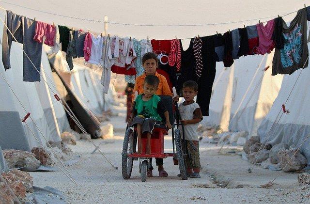 En Damasco, un pesebre sin techo representa a los 13 millones de refugiados sirios