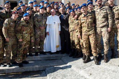 El Papa felicita la Navidad a los soldados italianos
