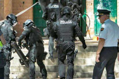 Un tiroteo acaba con varios heridos de bala y casas incendiadas en Valencia