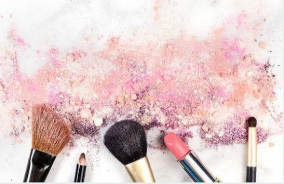 5 cursos de maquillaje gratis online