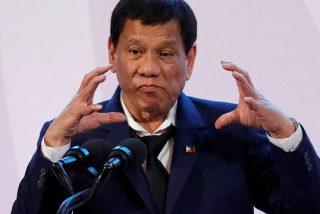 """Duterte anima a los filipinos a matar a obispos católicos por """"inútiles"""""""