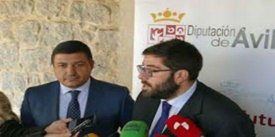 El presidente de la Diputación de Ávila y el presidente del PP provincial salen ilesos de un accidente