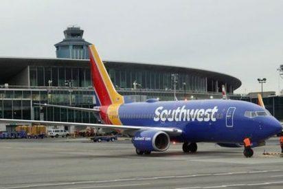 Un corazón humano: El 'pasajero oculto' en un avión de Southwest