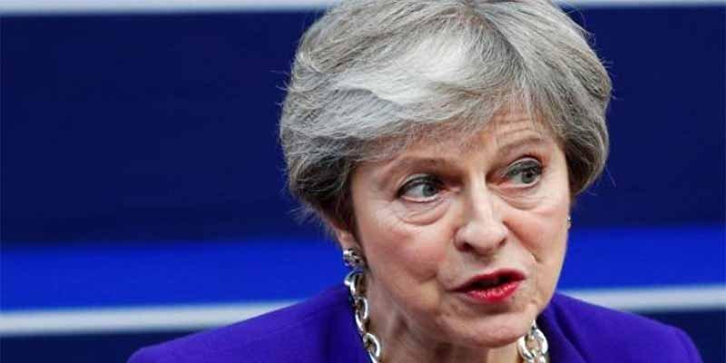 Theresa May sobrevive por los pelos a la moción de confianza de sus compañeros del Partido Conservador