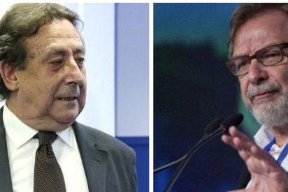 Alfonso Ussía mete el miedo a los académicos de la RAE destripando el calamitoso currículum de Cebrián