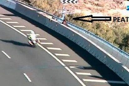 La Guardia Civil salva la vida a una mujer que quería arrojarse desde el viaducto de Buñol