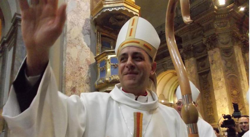 """Monseñor Fernández busca para la Iglesia de La Plata un """"mecanismo de comunión de bienes"""""""