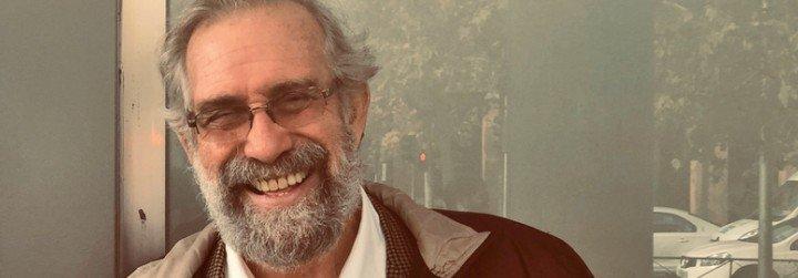 """José Ignacio López Vigil: """"A la Iglesia conservadora le conviene Pablo"""""""
