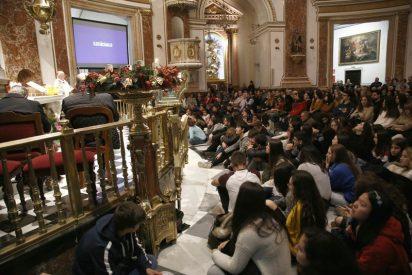 """Cañizares, a los jóvenes: """"Haced como María porque decir sí a Dios trae la paz, la alegría y la salvación al mundo"""""""