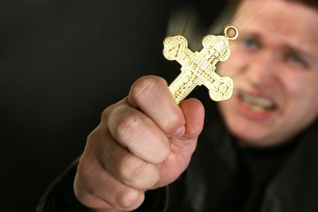 """Una secta religiosa mata a un niño en un extraño exorcismo para """"sacarle un demonio"""""""