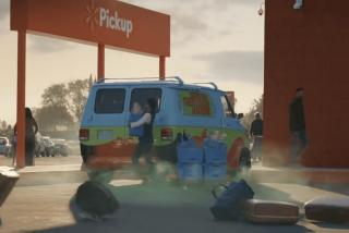 El curioso comercial de Walmart con los vehículos más conocidos del mundo
