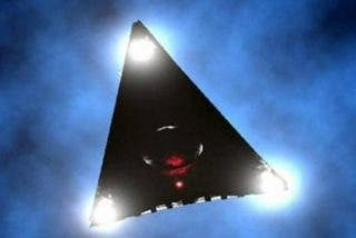 Avistan este OVNI triangular cerca de una base militar en EE.UU.