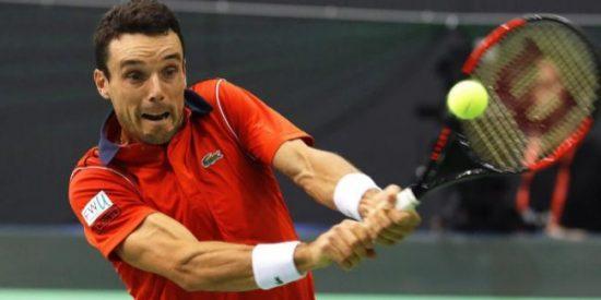 El español Roberto Bautista pasa por la piedra al invencible Djokovic en el Torneo de Doha
