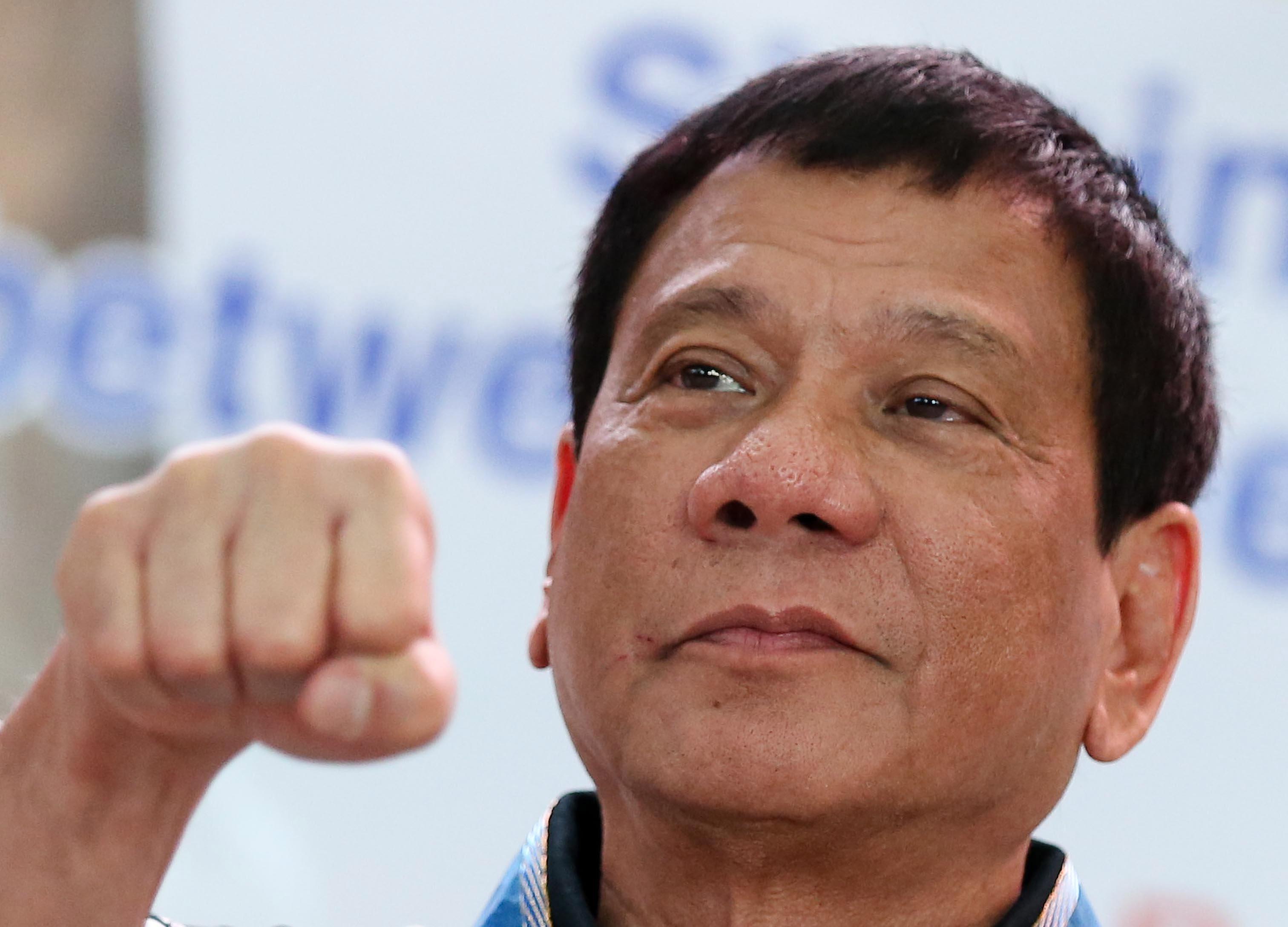 """El presidente de Filipinas: """"¿Y si secuestramos a alguien de la Comisión de Auditoría y lo torturamos?"""""""