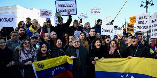 Los venezolanos toman la Puerta de Sol al grito de: ¡Libertad!