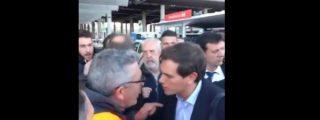 """El desenfrenado escrache de los taxistas a Rivera en Madrid: """"¡Fuera, hijo de puta! ¡traidor!"""""""