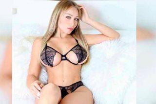 Daniella Chávez se transforma en una sexy vaquerita: a cuatro patas y sin ropa interior