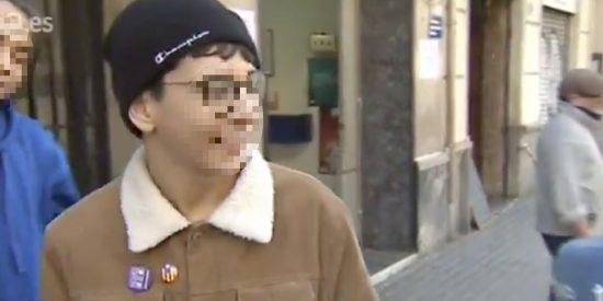 """La 'pedrea' al niño 'indepe' que ha ganado la Lotería: """"¡Ahora que diga que España le roba!"""""""