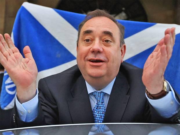 El independentista Salmond se enfrenta a 14 delitos sexuales, dos por intento de violación