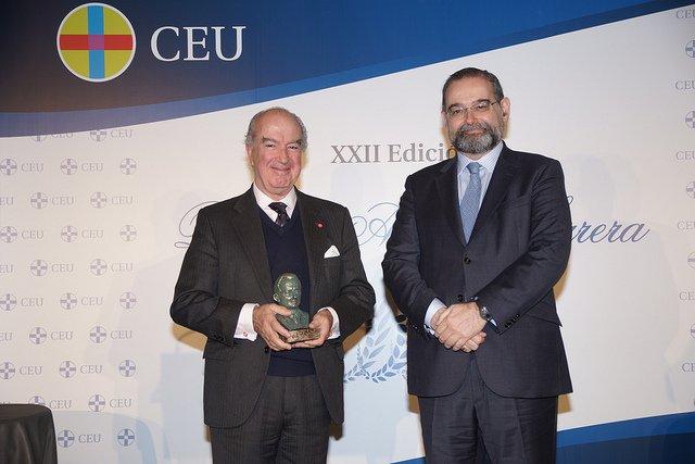 'Ayuda a la Iglesia Necesitada' recibe el Premio Ángel Herrera Ética y Valores