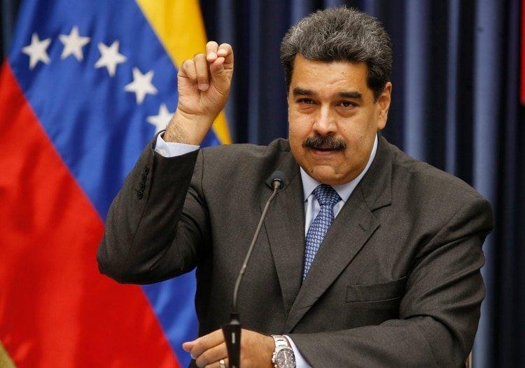 El dictador Nicolás Maduro suelta un bestial eructo en la Asamblea Nacional Constituyente