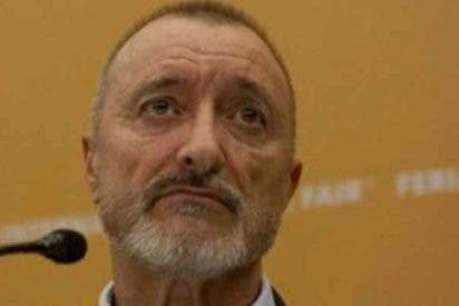 "Arturo Pérez-Reverte: ""No sea simple. No es lo mismo vender que venderse"""