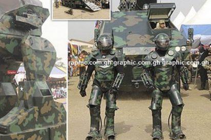 África acojona al mundo mostrando estos avances militares con exoesqueletos y robots de fabricación propia