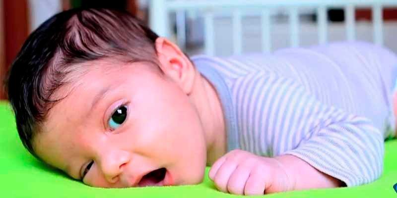 """La madre del bebé de dos meses agredido brutalmente disculpa al padre: """"Él no sabía que le haría tanto daño"""""""