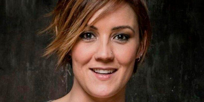"""El palo por sevillanas de Cristina Pardo a Susana Díaz y Pablo Iglesias tras dar el cante con su """"mal perder"""""""