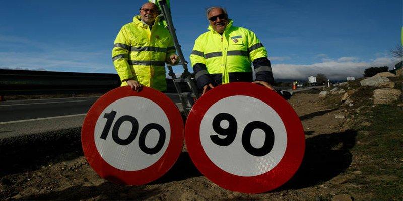 ¿Sabías que cambiar las señales de límite de velocidad a 90 km/h nos ha costado unos 526.000 euros?
