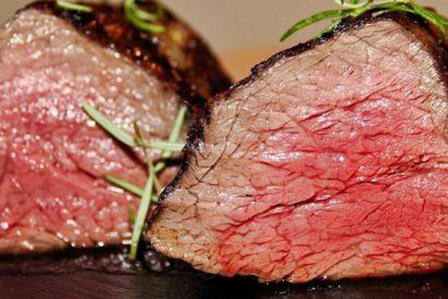 Deja un filete crudo en su coche y encuentra la carne cocinada horas después