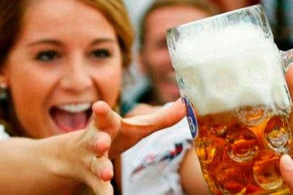 Ingresa con un coma alcohólico y le salvan la vida con 15 latas de cerveza