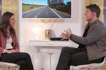 Cintora 'entrevista' a la reaparecida Irene Montero para que al espectador de laSexta le conste que Pablo Iglesias pone biberones y cambia pañales