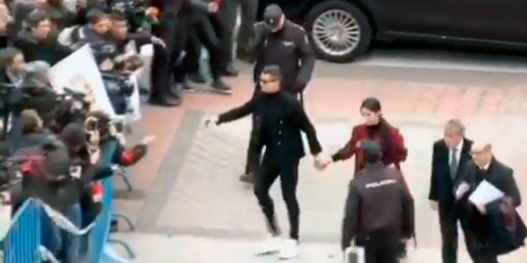 El desfile mediático de Cristiano Ronaldo a su llegada a la Audiencia Provincial de Madrid