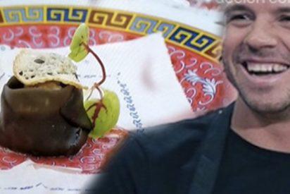 """Las redes alucinan con la 'mierda' del bocadillo de calamares de Dabiz Muñoz: """"Me traen eso y cae denuncia"""""""