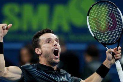 El español Bautista inaugura 2019 ganando el torneo de Doha ante Berdych