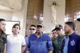 """Duterte vuelve a ordenar """"aplastar"""" a los responsables de las """"atrocidades"""" en la catedral de Filipinas"""